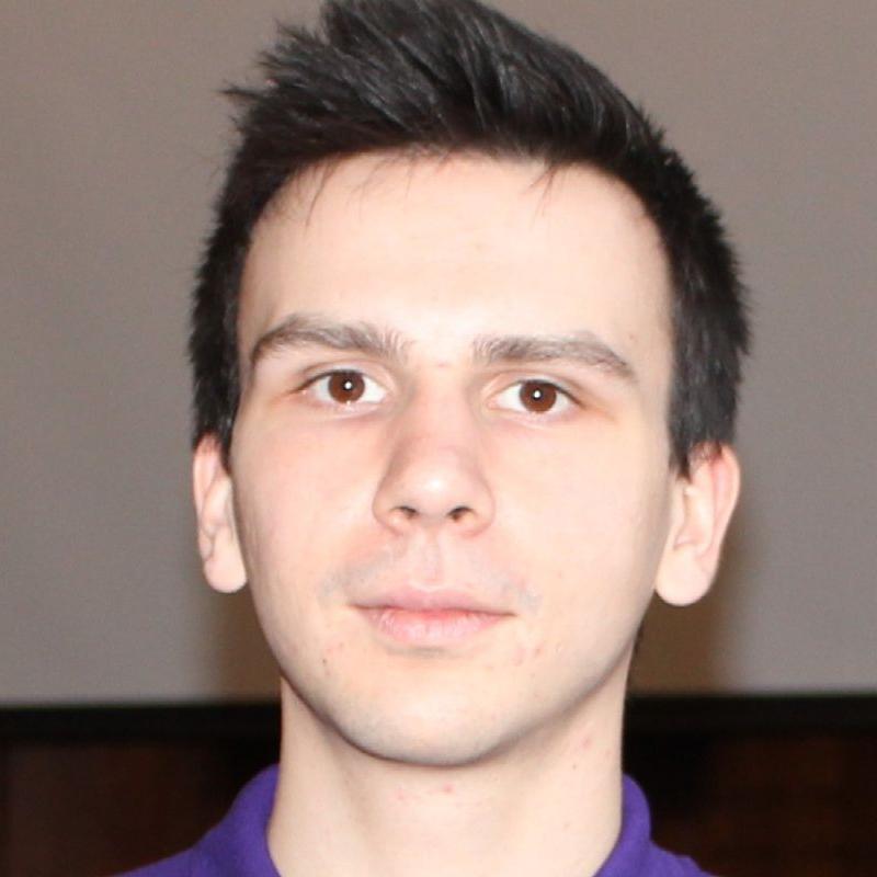 Kamil headshot pic