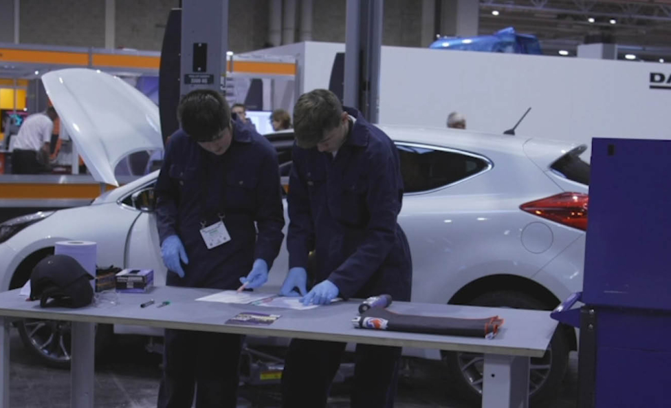 Photo of young person competing in Motor Vehicle Foundation Skills competition