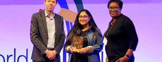 Rising Star Award 2019 winner Raisa
