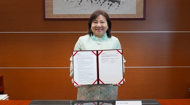 WorldSkills Chinese Taipei's Official Delegate Chen-Yang Shih with the partnership agreement